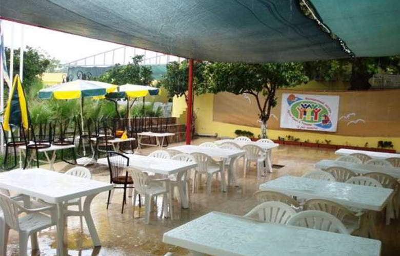 Paradise's Apple Hotel - Restaurant - 3
