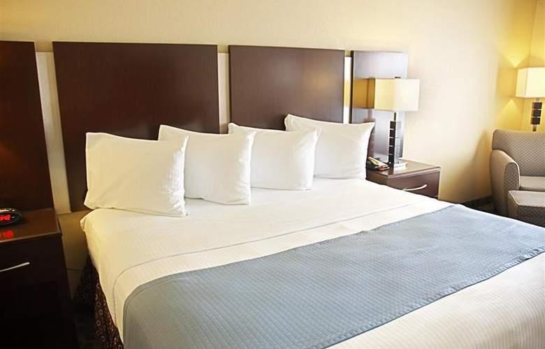 Best Western Plus Eastgate Inn & Suites - Room - 76