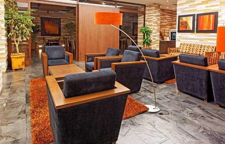 Holiday Inn Express Bogota - General - 26