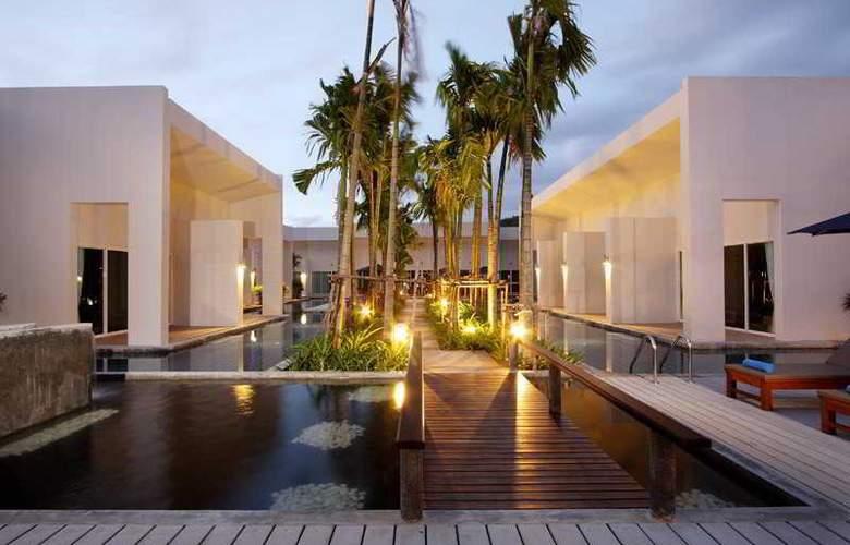 Kata Lucky Villa & Pool Access - Hotel - 12