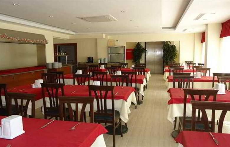 Tur&Tel Hotel - Restaurant - 8