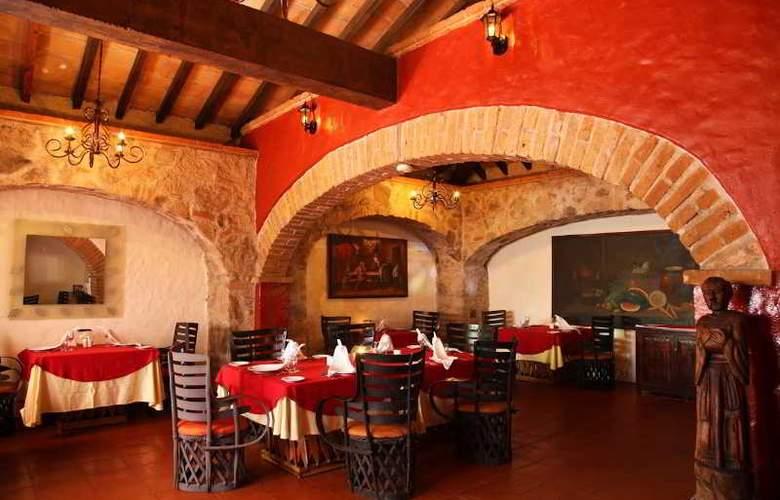 Hacienda Hotel & Spa - Restaurant - 31