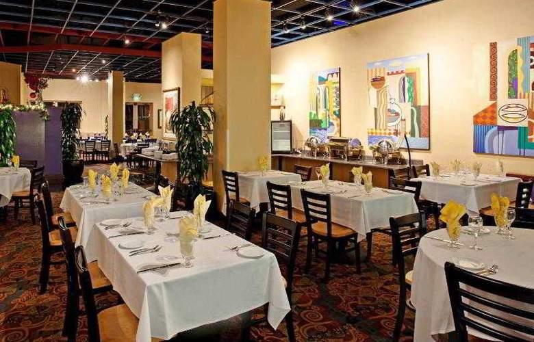 Crowne Plaza Redondo Beach - Restaurant - 30