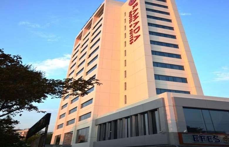 Ramada Hotel & Suites Atakoy - Hotel - 0