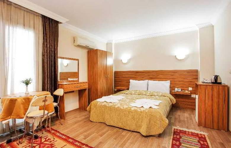 Casa Mia Hotel - Room - 4