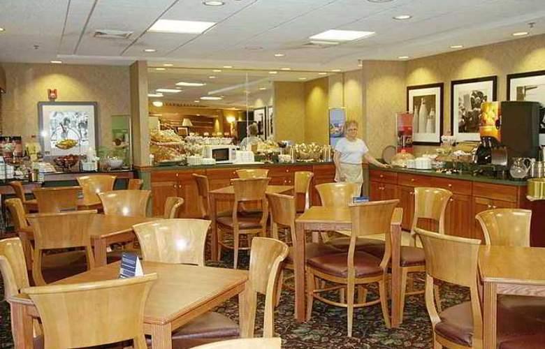 Hampton Inn Portage - Hotel - 5