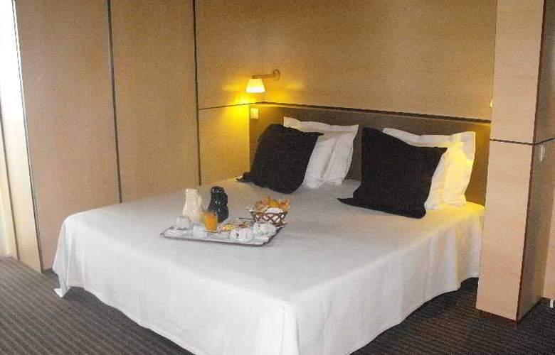 Axis Vermar - Hotel - 10