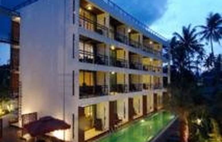 The Kris Resort - Pool - 10