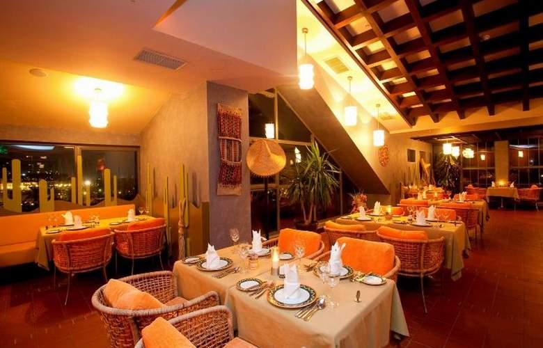 Limak Lara De Luxe Hotel&Resort - Restaurant - 25