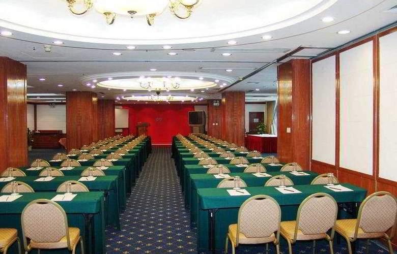 Gloria Plaza - Conference - 5