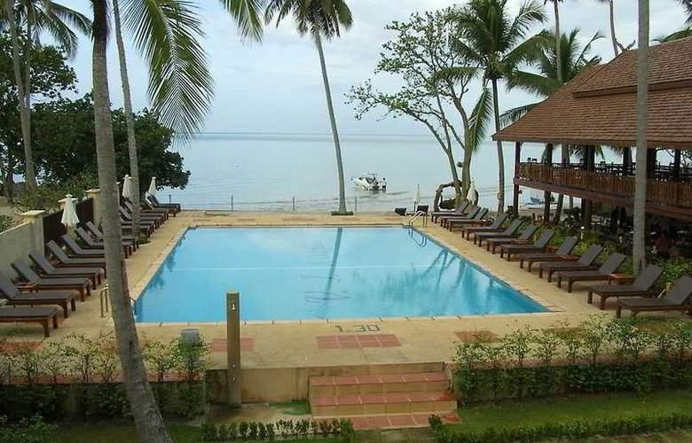 V.J.Hotel&Health Spa - Pool - 4