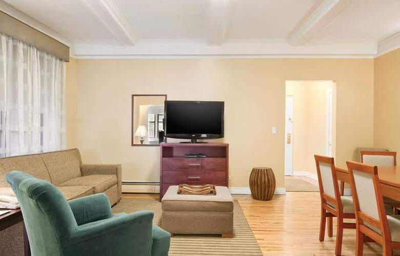 Best Western Plus Hospitality House - Apartments - Room - 86