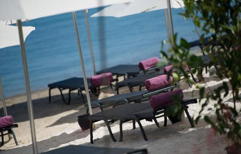 Ramada Resort Bodrum - Beach - 33