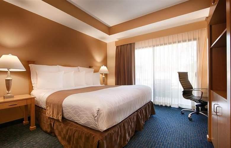 Best Western Plus Palm Desert Resort - Room - 26