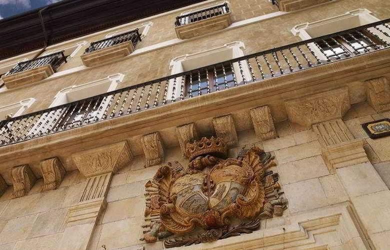Palacio Guendulain - Hotel - 0