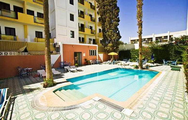 Residence Fleurie - Pool - 7