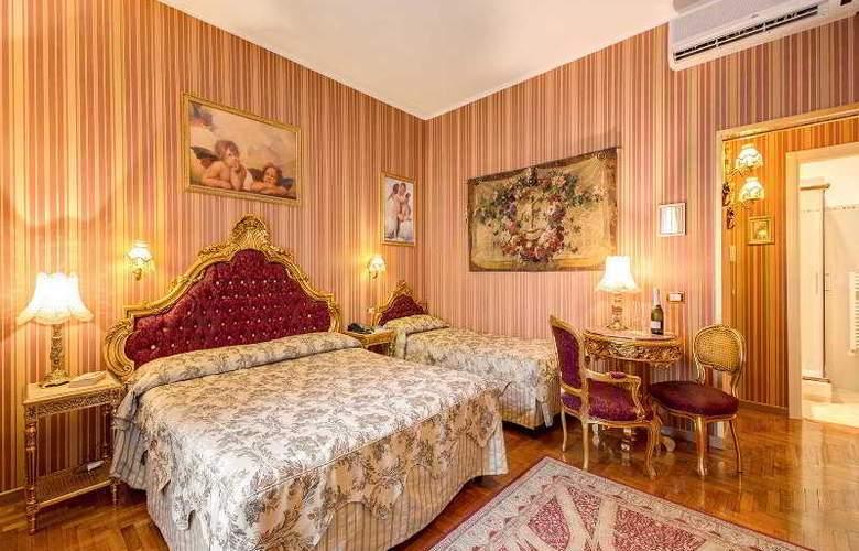 Romance - Room - 7