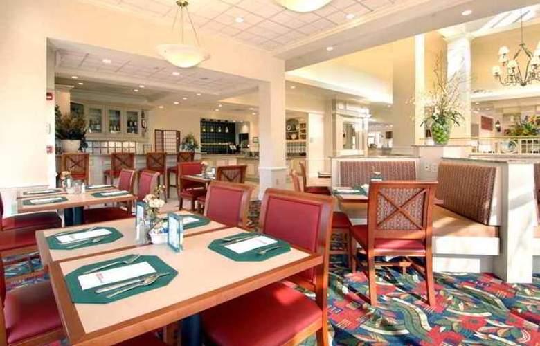 Hilton Garden Inn Madison - Hotel - 9
