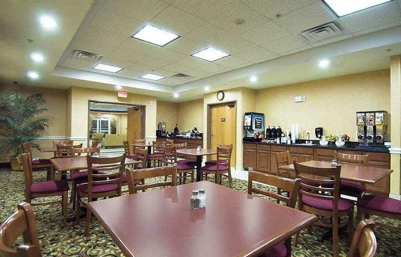 Best Western Plus San Antonio East Inn & Suites - Hotel - 26