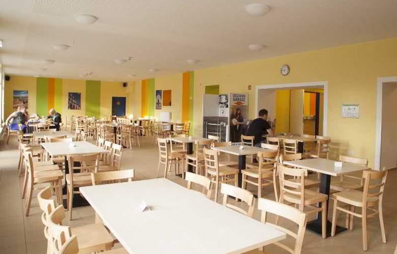 A&O Weimar - Restaurant - 27