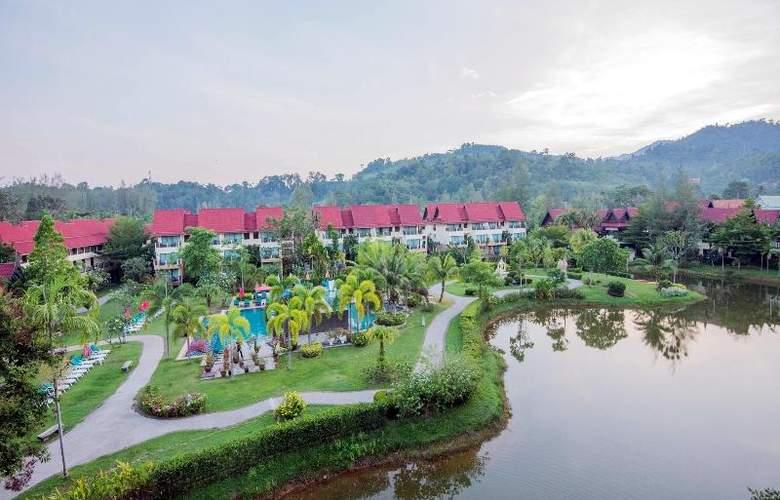 Khaolak Emerald Beach Resort & Spa - Terrace - 29