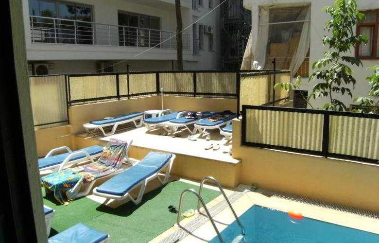 Senaydin Apartments - Pool - 4