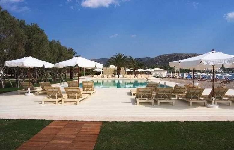 Plaza Resort - Pool - 4