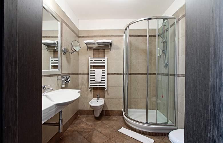 Hotel Cosmopolitan - Room - 4