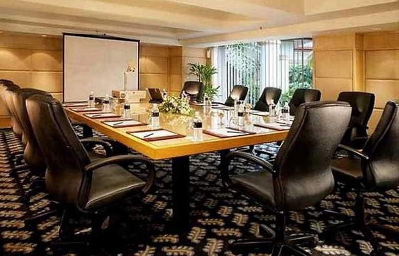 Holiday Inn Kuala Lumpur Glenmarie - Conference - 5