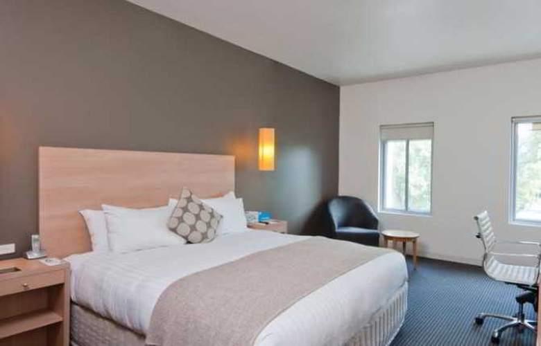 Urban St Kilda - Room - 9