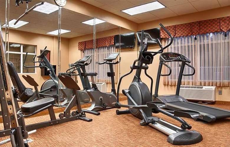 Best Western Plus Cecil Field Inn & Suites - Sport - 42