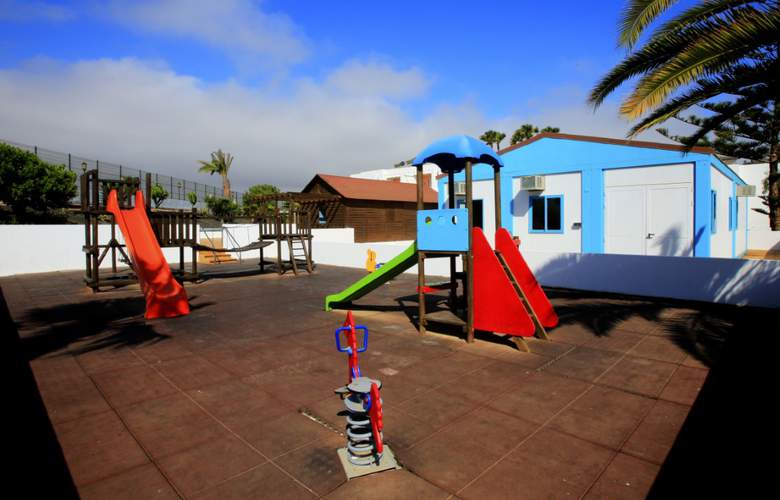 Bahia de Lobos - Services - 25