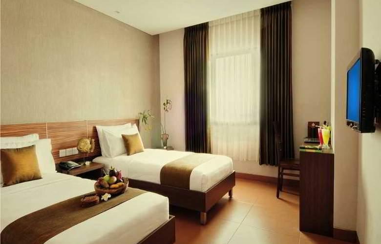 Sukajadi - Room - 8