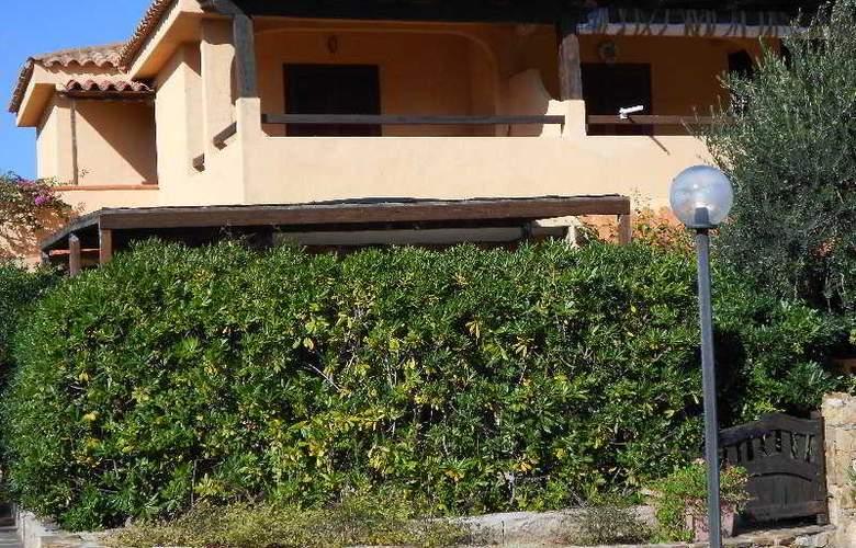 Baia de Bahas Apartaments - Hotel - 9