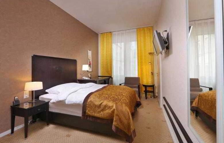 St. Gotthard - Room - 12