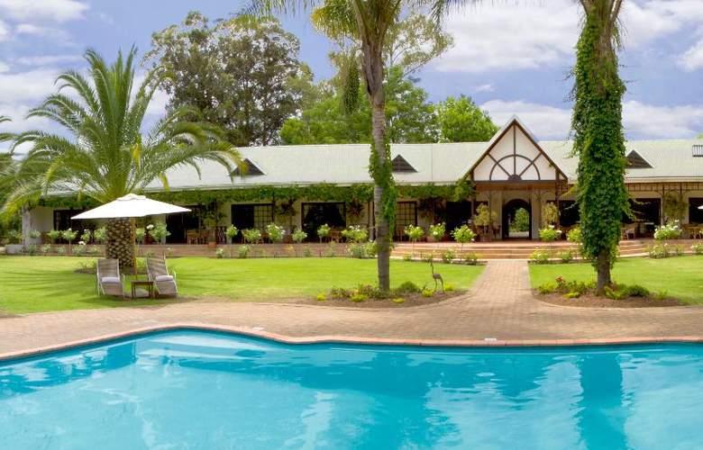 Hlangana Lodge - Pool - 3