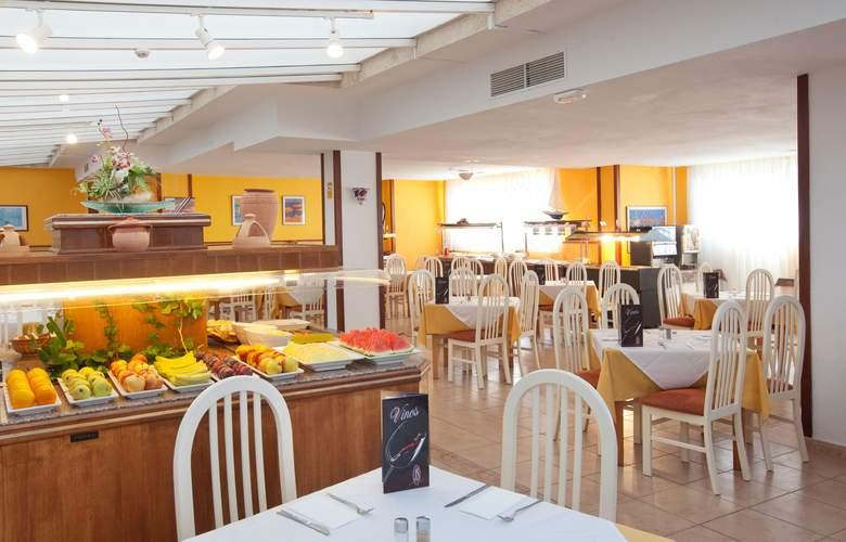 JS Es Corso - Restaurant - 8