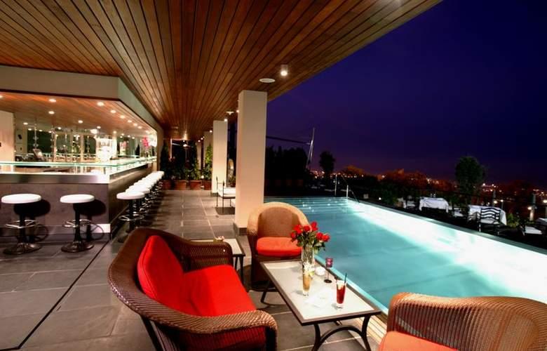 Gran Hotel la Florida - Pool - 2