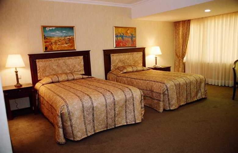 Grand Mir - Room - 5