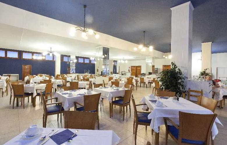 Fergus Soller Beach - Restaurant - 23