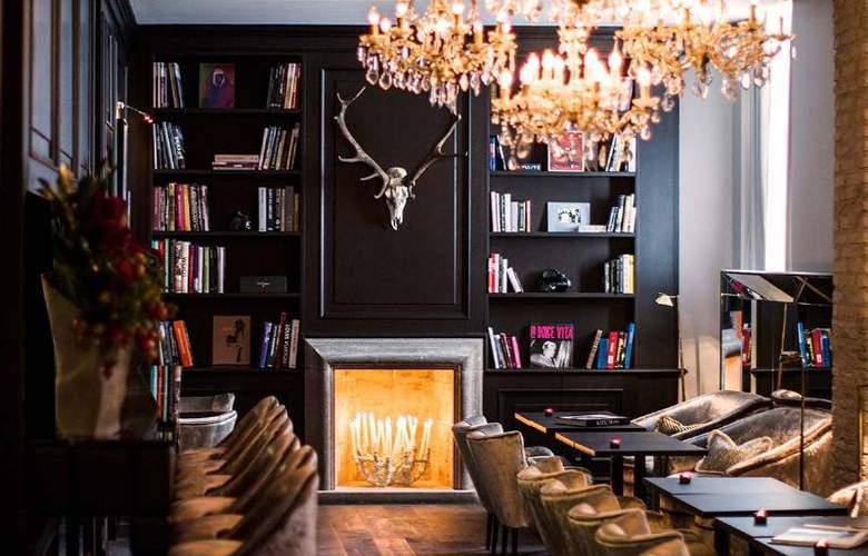 Dom Hotel Roma - Restaurant - 7