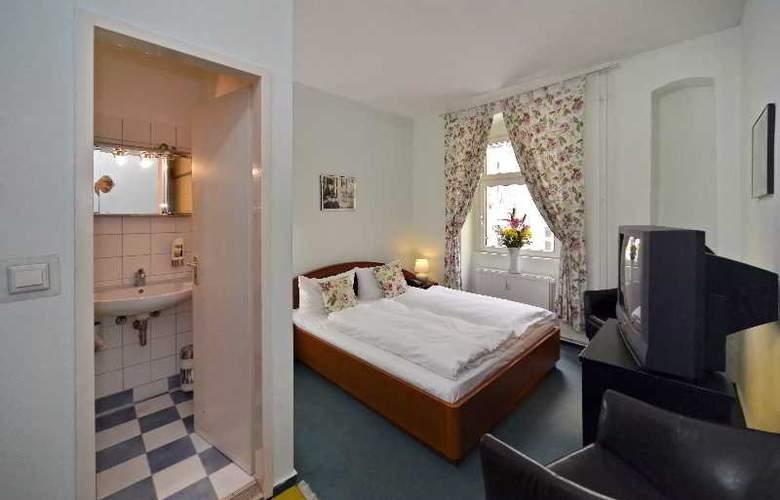 Old Town Hotel Greifswalder Strasse - Room - 10