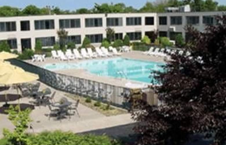 Holiday Inn Patriot's Point - General - 1