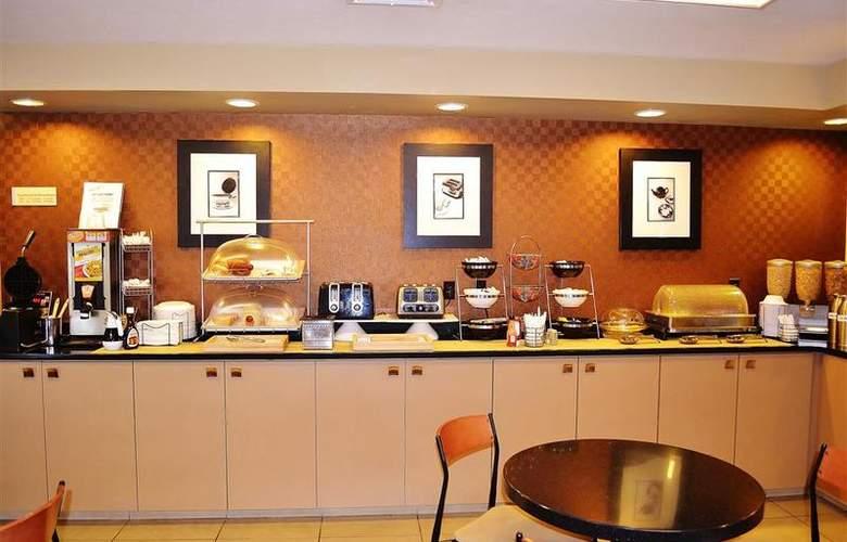 Best Western Plus Inn & Conference Center - Restaurant - 51
