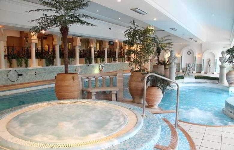 Hallmark Hotel Derby Mickleover Court - Pool - 7