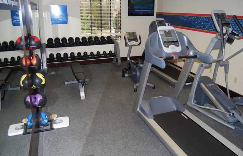 Hampton Inn Visalia - Sport - 5