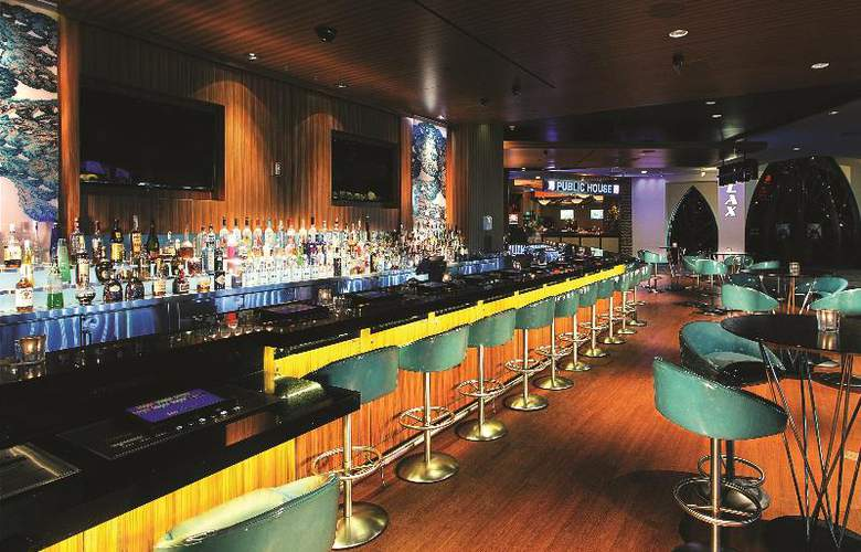 Luxor Hotel and Casino - Bar - 15