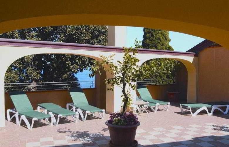 Ariston Ex Palazzo Santa Caterina - Terrace - 4