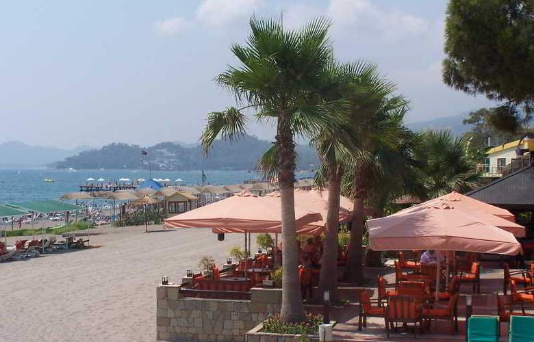 Club Boran Mare Beach - Beach - 8