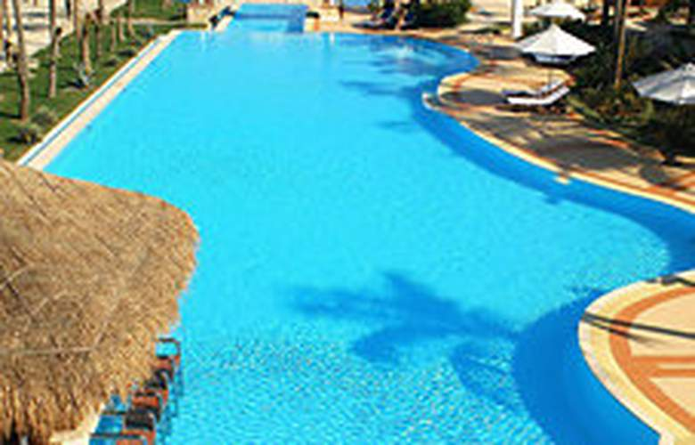 Golden Sand Resort & Spa - Pool - 1